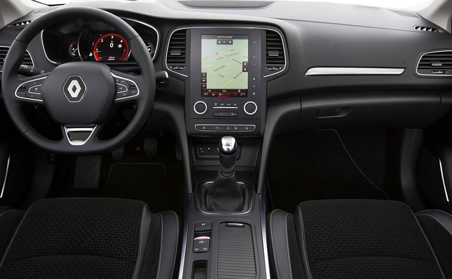 Renault Megane دليل البنزين والعتاد