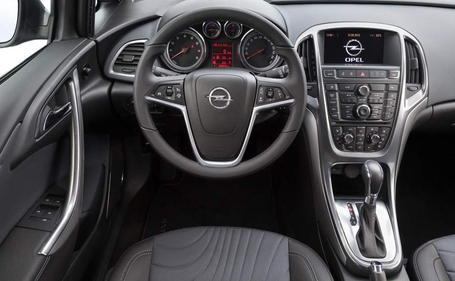 Opel Astra Dizel Otomatik Sedan