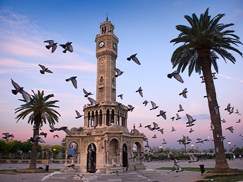 Ege'nin incisi : İzmir